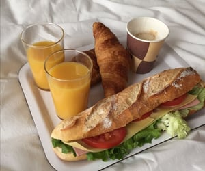 food, sandwich, and breakfast image
