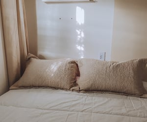 aesthetic, bedroom, and home image