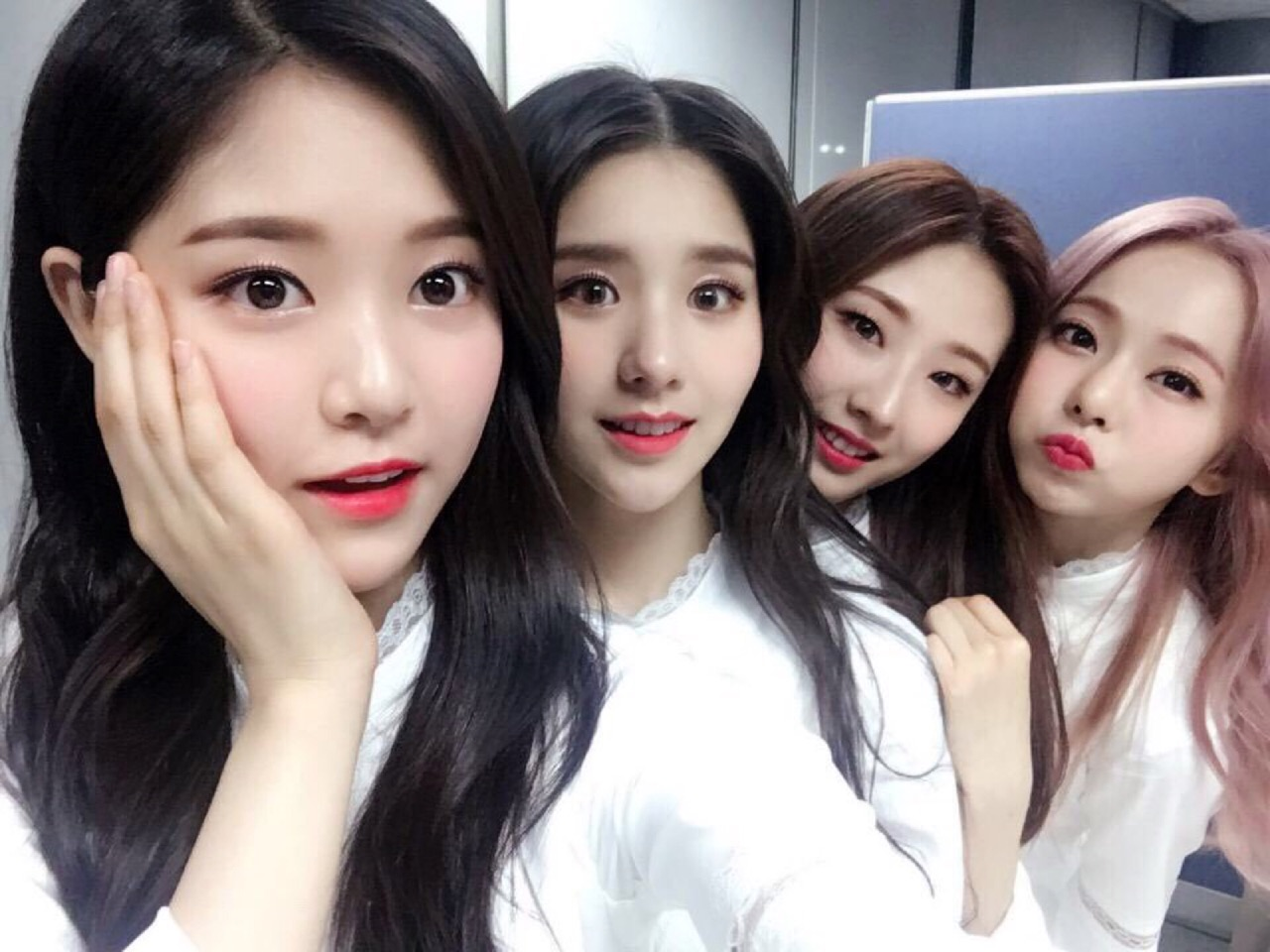 icon, jo haseul, and viví image