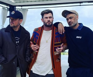 matt damon, taika waititi, and chris hemsworth image