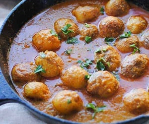 asian food, indian food, and potato curry image