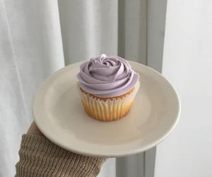 cupcake, aesthetic, and dessert image
