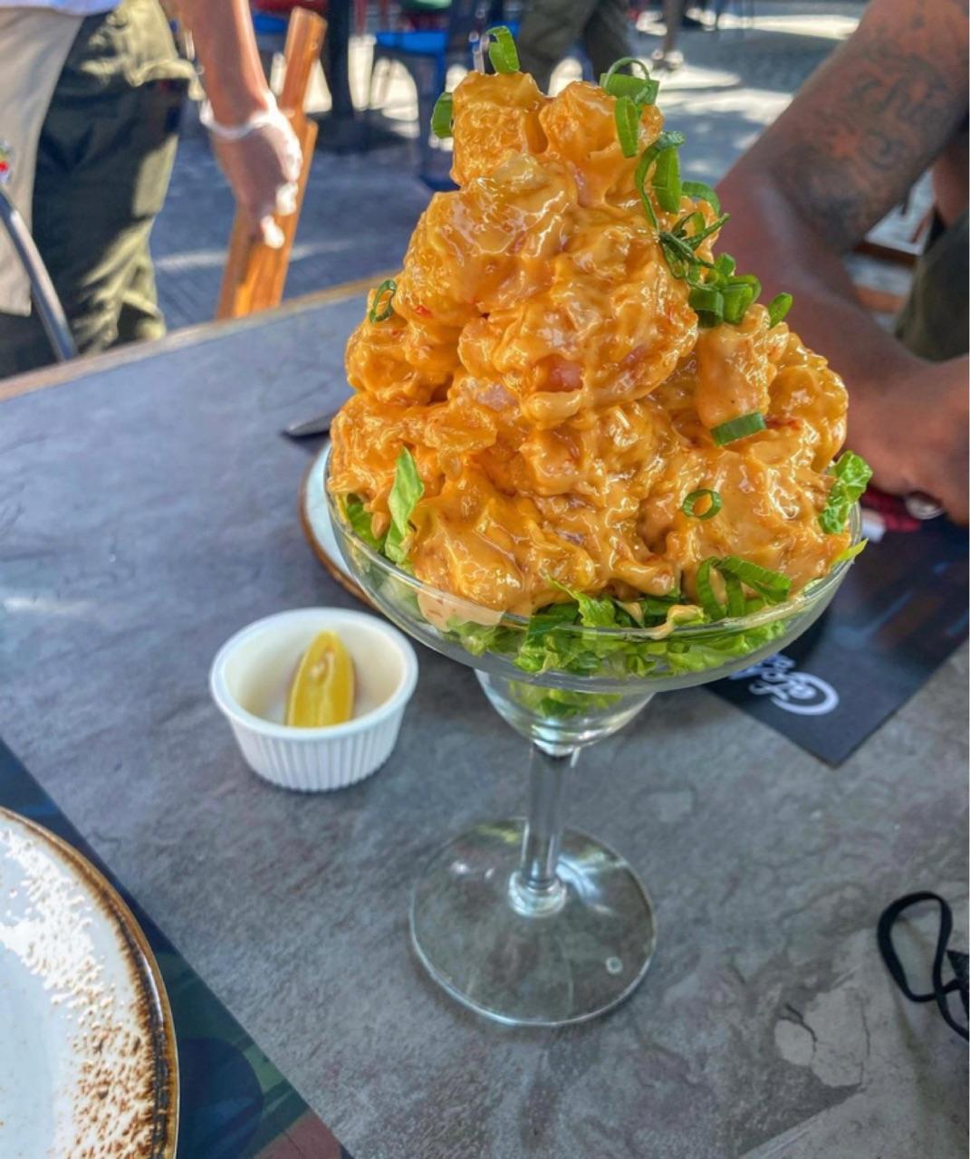 seafood, shrimp, and lemmon image