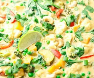 Creamy Vegan Thai Green Curry