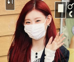 preview, itzy, and chaeryeong image