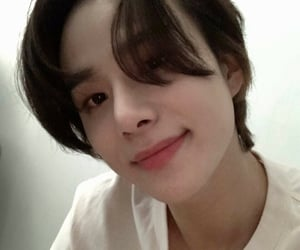 icons, jungwoo, and pfp image