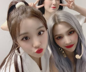k-pop, (g)i-dle, and girl group image