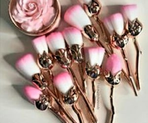 makeup, makeupbrushes, and rosebrushes image