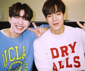 kihyun, flavors of love, and shownu image