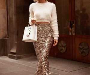 fashion, fur, and girls image