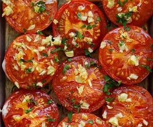 bake, garlic, and roast tomato image