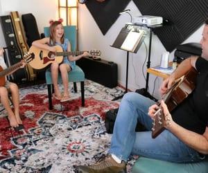ukulele lessons honolulu, honolulu music lessons, and hawaii music school image