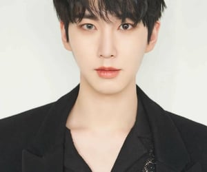 mini album, shinwon, and pentagon image