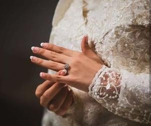 bride, hijabi bride, and hands image