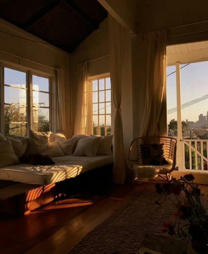 cozy, livingroom, and morningsunshine image
