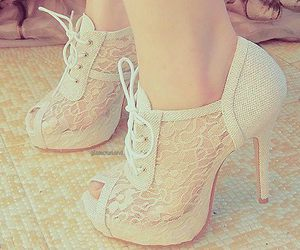awesome, beige, and lace image