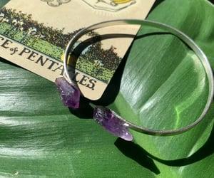 amethyst, bracelet, and tarot image