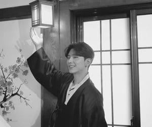 black and white, korea, and monsta x image