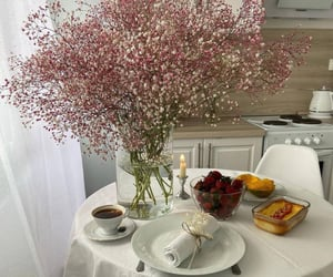 coffee and flowers image