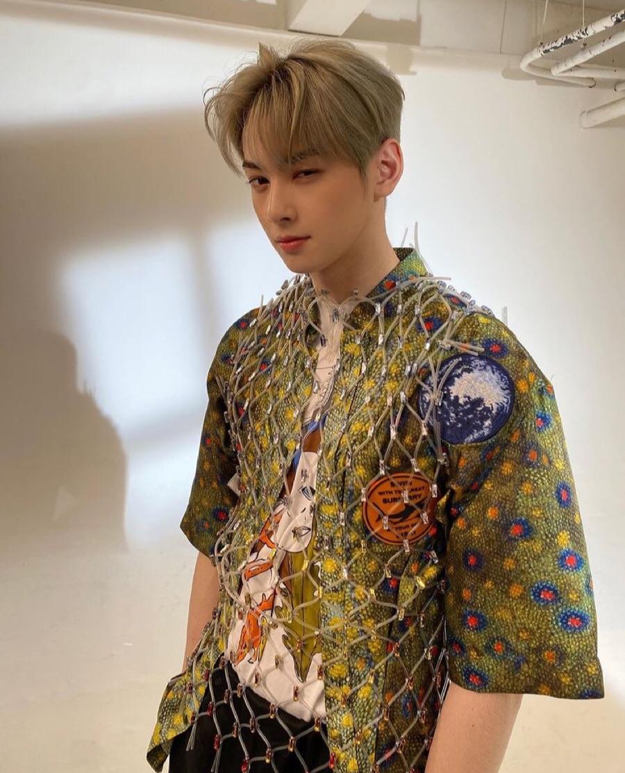 idol, photoshoot, and fashion image