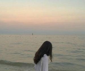 beach, horizon, and ulzzang image