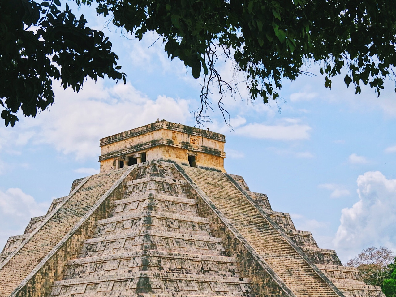 aesthetic, articles, and chichen itza image