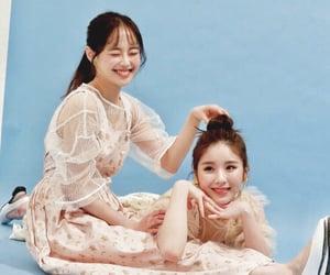 girl, chuu, and idol image