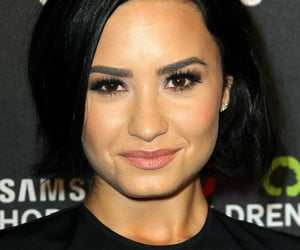 New / Old Picture Of Demi Lovato