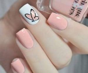 delicado, nails, and rosa image