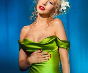 christina aguilera, green, and green aesthetic image