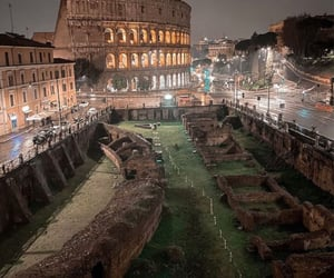 discover, photo, and colosseum image