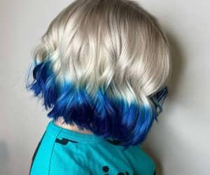 cabelo azul, cabelo platinado, and blunt cut image