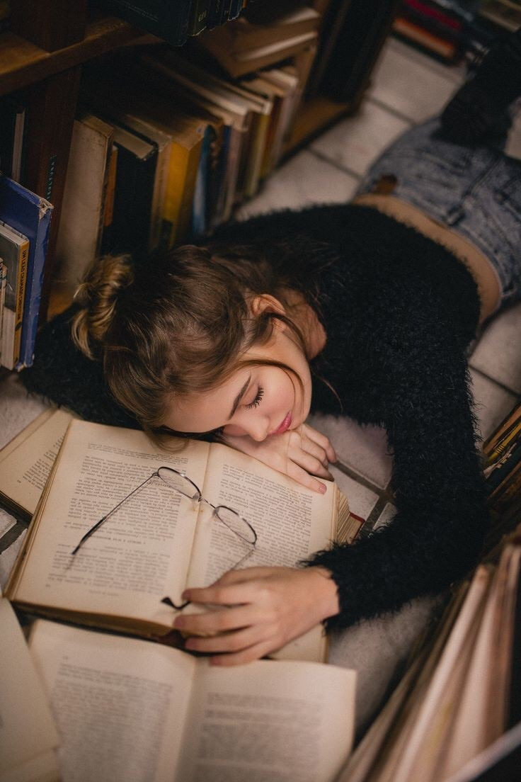 books, motivation, and article image