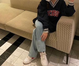 blue sweater, everyday look, and white sneakers image