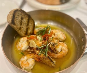 seafood and prawns image