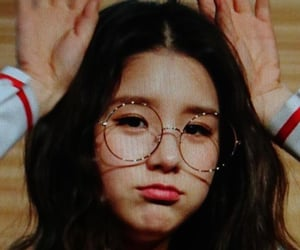 preview, lq, and heejin image