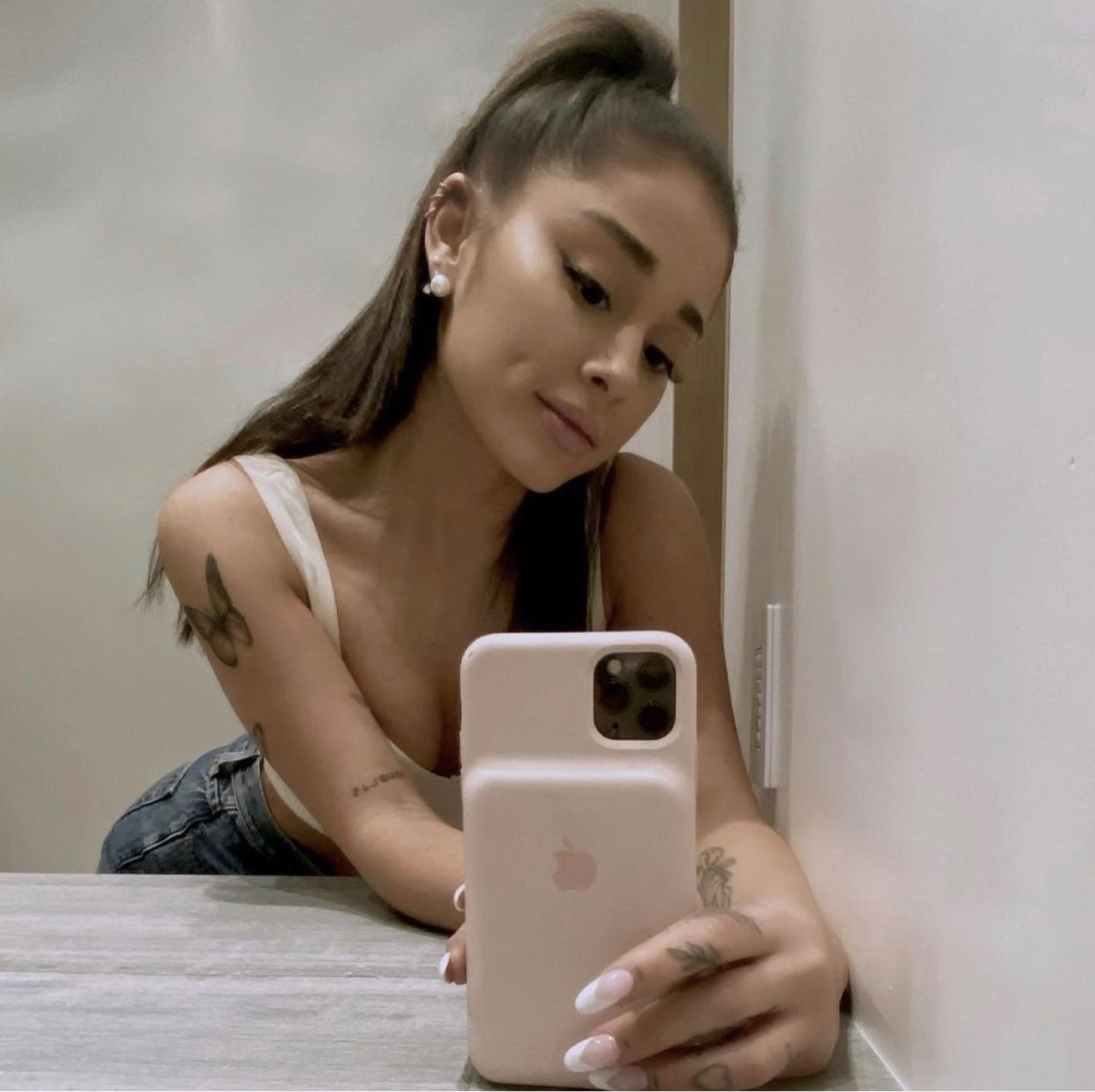 mirror pic, ariana's tattoos, and ariana grande image