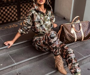 fashion, green, and luxury image