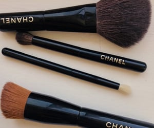 chanel and makeupbrushes image