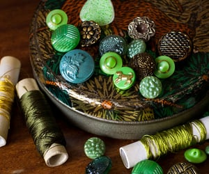 green, vintage buttons, and old buttons image