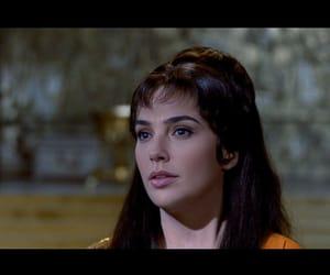 cleopatra and gal gadot image