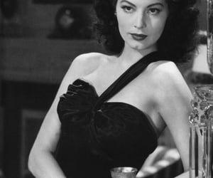 ava gardner, belleza, and elegancia image
