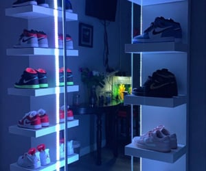 aesthetic, mirror, and neon lights image