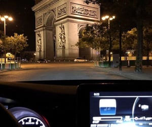 paris and view image
