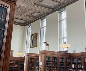 Senate House Library. Bloomsbury. ig: rhiharper