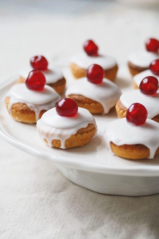 classic, tea, and desserts image