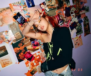 itzy and yeji image
