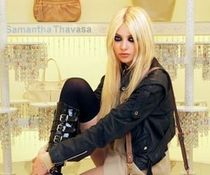 model, style, and Taylor Momsen image