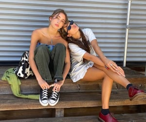 city, converse, and girls image