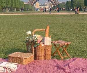 paris, picnic, and aesthetic image